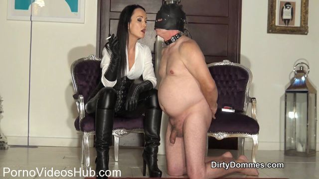 Watch Online Porn – Dirty Dommes in Cock cigarette torture (MP4, HD, 1280×720)