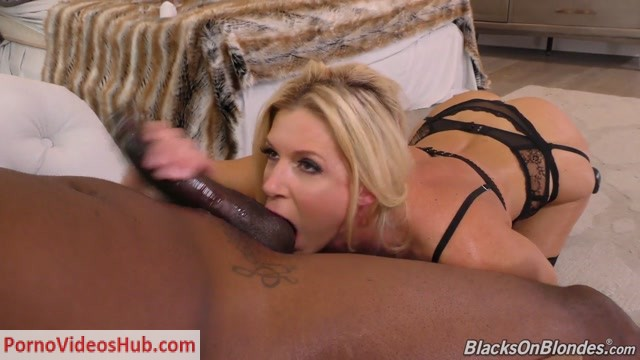 DogFartNetwork_-_BlacksOnBlondes_presents_India_Summer_in_And_Big_Black_Cock_-_17.04.2018.mp4.00003.jpg