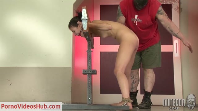 Watch Online Porn – DungeonCorp presents Alaina Kristar in Tiny and Tough 3 (MP4, HD, 1280×720)