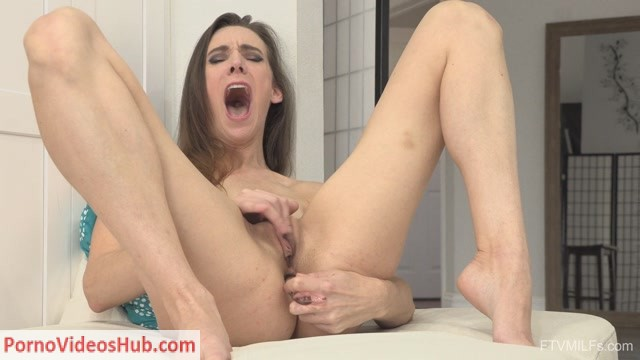 Watch Online Porn – FTVMilfs presents Alora in Slender & Leggy – Newfound Squirter 04 – 06.04.2018 (MP4, FullHD, 1920×1080)