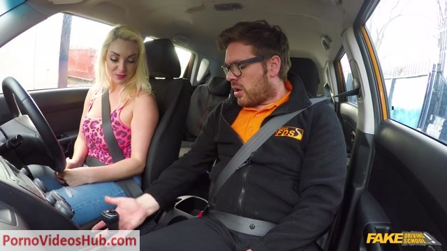 Watch Online Porn – FakeDrivingSchool presents Victoria Summers in Instructor seduced by busty blonde – 23.04.2018 (MP4, SD, 854×480)