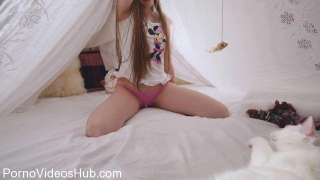 Watch Online Porn – FameGirls presents GRACE VIDEO 032P1 (MP4, FullHD, 1920×1080)