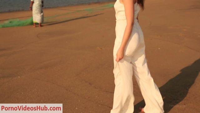Watch Online Porn – FameGirls presents ISABELLA VIDEO 109P1 (MP4, FullHD, 1920×1080)