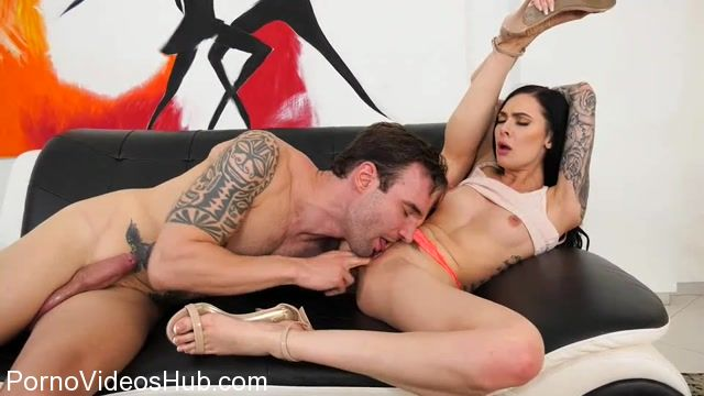 Watch Online Porn – Family.xxx presents Marley Brinx – Stepbrother Needs To Study My Pussy – 16.04.2018 (MP4, SD, 960×540)