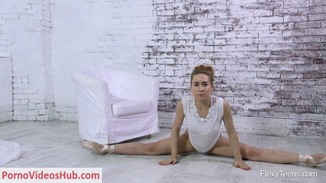 Watch Online Porn – FlexyTeens – Naked-Gymnast presents Nara Mongolka 3 – 13.04.2018 (MP4, FullHD, 1920×1080)