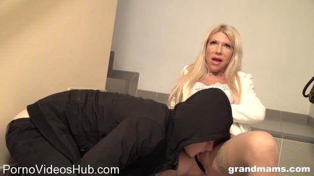 Watch Online Porn – Grandmams presents Classy (MP4, FullHD, 1920×1080)