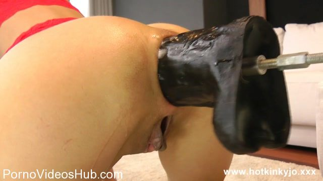 Hotkinkyjo_presents_fucking_machine_porn_to_prolapse.mp4.00001.jpg