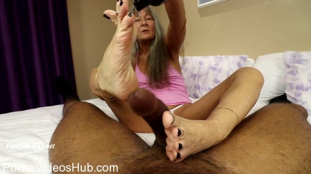 Watch Online Porn – Joeys FeetGirls presents Meeting Leilani Lei, the Silver Foxette.net (MP4, FullHD, 1920×1080)