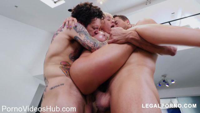 LegalPorno_presents_Latina_Queen_Luna_Star_Shows_Us_Why_Shes_A_Pornstar_Vs_2_Cocks_AB007_-_10.04.2018.mp4.00009.jpg