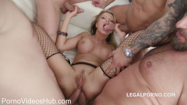 LegalPorno_presents_Monsters_of_DAP_with_Joanna_Bujoli_Balls_Deep_Anal_DAP_Gapes_Swallow_GIO_-_15.04.2018.mp4.00011.jpg