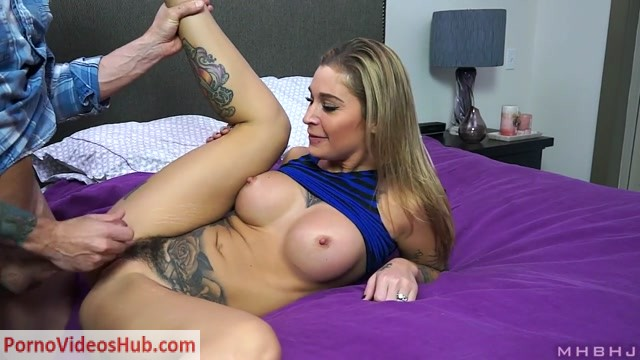 Watch Online Porn – MHBHJ – Marks Head Bobbers and Hand Jobbers presents Kleio Valentien in Loving Wife Fucked By Horny Neighbor (MP4, HD, 1280×720)
