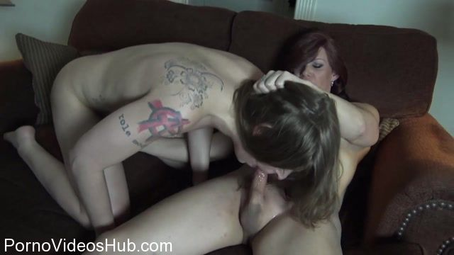 ManyVids_presents_TsRyley_in_Netflix_and_Chill_-_09.04.2018.mp4.00015.jpg