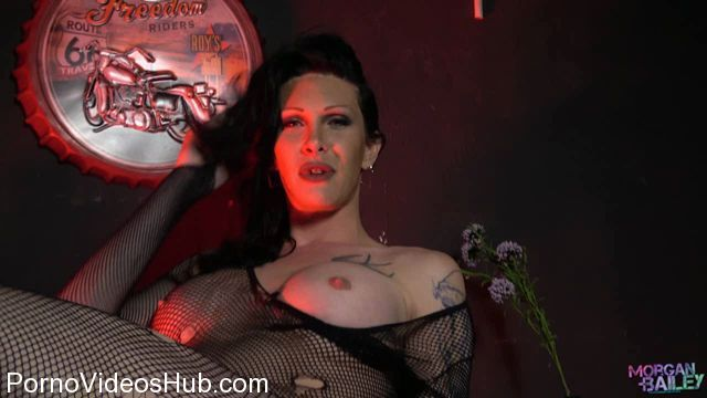 Morgan-Bailey_presents_Morgan_Bailey_in_Morgan_Massive_Cock_is_Back_-_11.04.2018.wmv.00001.jpg