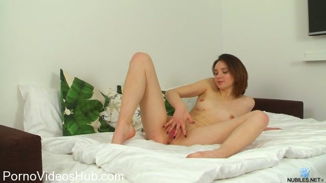 Watch Online Porn – Nubiles presents Slava Love in Solo Play (MP4, FullHD, 1920×1080)