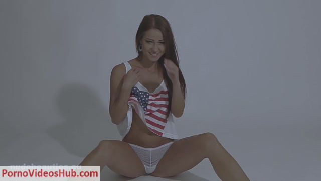 NudeBeauties_presents_Melissa_-_Kristina_Uhrinova_in_American_Dream_-_1080.mp4.00001.jpg