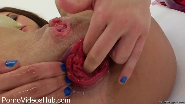 Watch Online Porn – Roxy Raye Rosebutt Compilation 6 clips (MP4, HD, 1280×720)