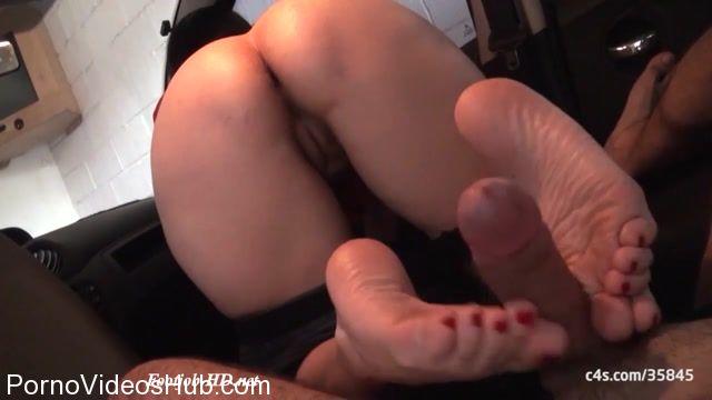 Watch Free Porno Online – SECRET FOOTJOBS presents I invaded my neighbors garage to do footjob (MP4, HD, 1280×720)