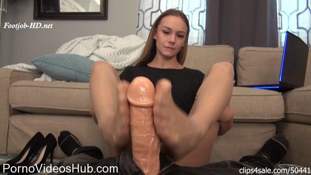 Watch Online Porn – Secretary Naomi Swann Cum Blast Footjob Revenge (MP4, FullHD, 1920×1080)