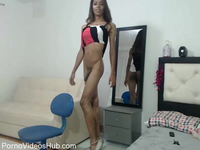 Shemale_Webcams_Video_for_April_11__2018_-_11.MP4.00010.jpg