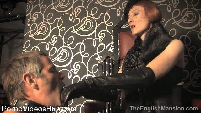 THEENGLISHMANSION_presents_Domina_Liza_In_Vintage_Mistress_Worship.wmv.00007.jpg