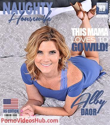 1_Mature.nl_presents_Alby_Daor__48__in_American_housewife_Alby_Daor_fingering_herself_-_11.05.2018.jpg