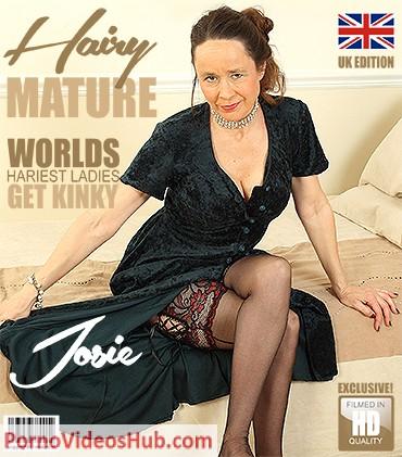 1_Mature.nl_presents_Josie__EU___52__in_British_hairy_housewife_Josie_fooling_around_-_04.05.2018.jpg