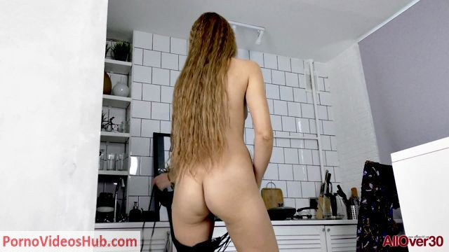 Watch Online Porn – Allover30 presents Yulija 42 years old Furry Housewives – 16.05.2018 (MP4, FullHD, 1920×1080)