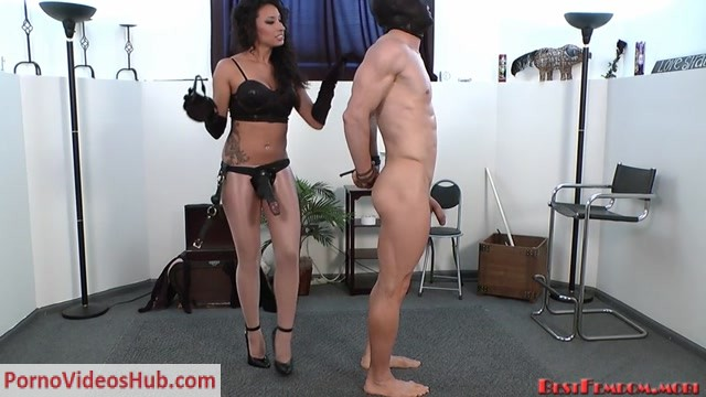 Bestfemdom_presents_Mistress_Tangent_in_Choke_It.mp4.00001.jpg