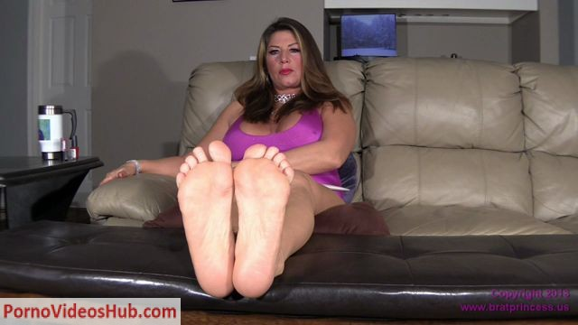 Watch Online Porn – Brat Princess 2 presents Daniela POV in Ignores you and Shows Her Soles (MP4, HD, 1280×720)