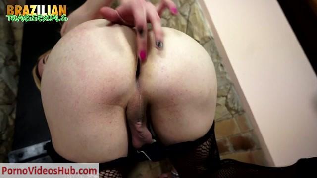 Brazilian-transsexuals_presents_Hung_TS_Jhenyfer_de_Castro_Remastered.mp4.00002.jpg
