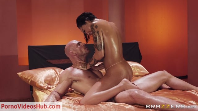 Watch Online Porn – Brazzers – BrazzersExxtra presents Honey Gold in Gold Standard – 05.05.2018 (MP4, FullHD, 1920×1080)
