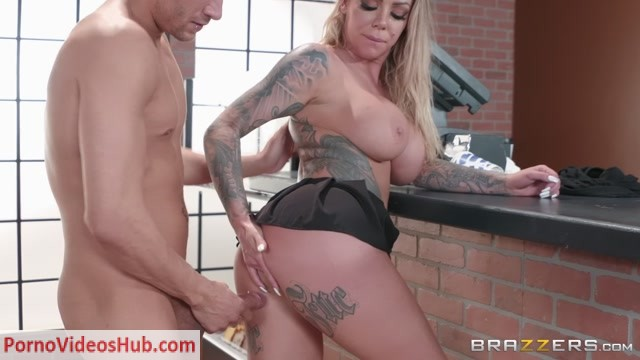 Watch Online Porn – Brazzers – PornStarsLikeItBig presents Karma Rx in Busting The Barista – 10.05.2018 (MP4, FullHD, 1920×1080)