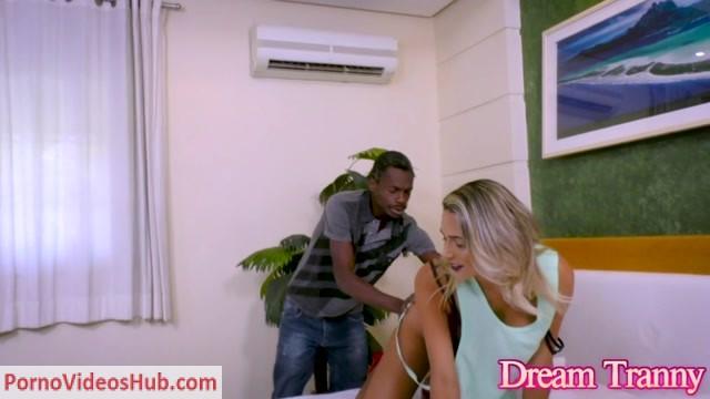 Watch Online Porn – DreamTranny presents Bella Atrix Fucked Hard By a Black Man – 11.05.2018 (MP4, HD, 1280×720)