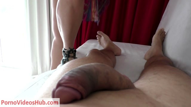 Watch Online Porn – Latin Domination Goddesses in Hotel Room Footjob POV (MP4, FullHD, 1920×1080)