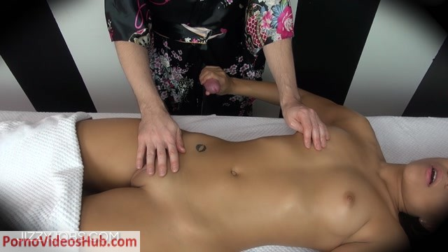 Watch Online Porn – ManyVids presents Jizzy Jobs – massage happy ending adrian maya (MP4, FullHD, 1920×1080)