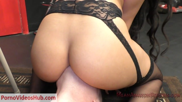MeanAmazonBitches_presents_Mercedes_Carrera_3.mp4.00005.jpg