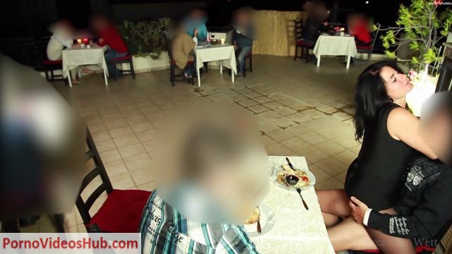 MyDirtyHobby_presents_Alexandra-Wett_-_Public_extrem_-_Geiler_3-er_im_Restaurant_-_5x_gespritzt.mp4.00013.jpg