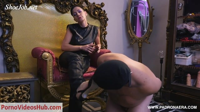 Watch Online Porn – Padrona Era in Shoejob With Cock On The Box (MP4, FullHD, 1920×1080)