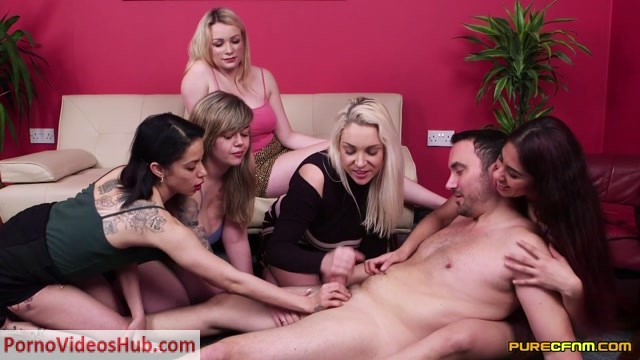 Purecfnm_Madison_Stuart__Myla_Elyse__Penny_Lee__Sahara_Knite__Victoria_Summers_in_Stripper_Recognized_-_04.05.2018.mp4.00014.jpg