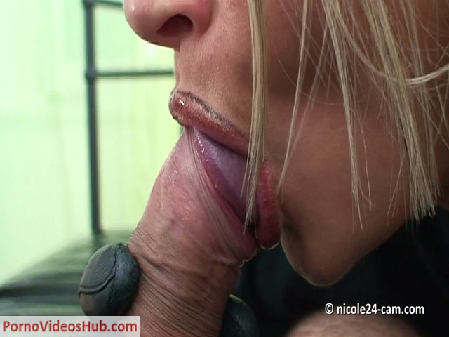 Watch Online Porn – Shoejob Video 17 Nicole24 (MP4, FullHD, 1440×1080)