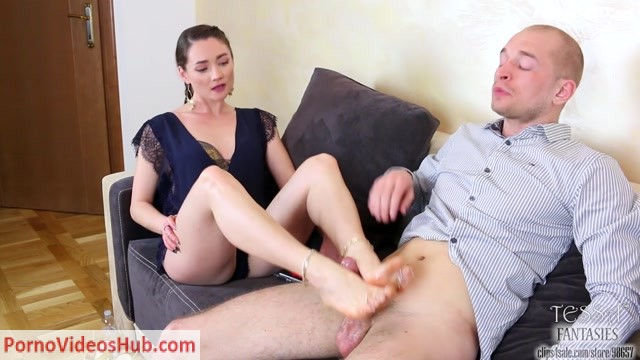 Tessa_Fantasies_presents_Footjob_For_Her_Tutor__Dream_Or_Reality.mp4.00007.jpg