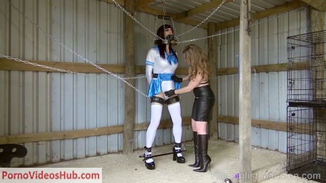 Theenglishmansion_presents_Mistress_T_in_Chained_Sissy_Bitch_Complete.mp4.00004.jpg