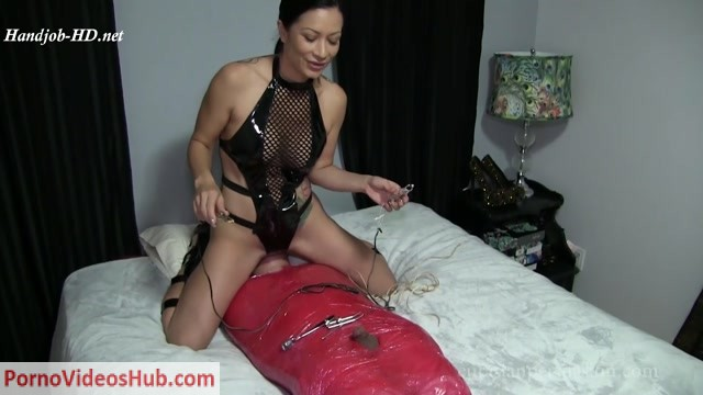 Watch Online Porn – Vancouver Kinky Dominatrix presents Wrapped Punished and Ruined (MP4, FullHD, 1920×1080)