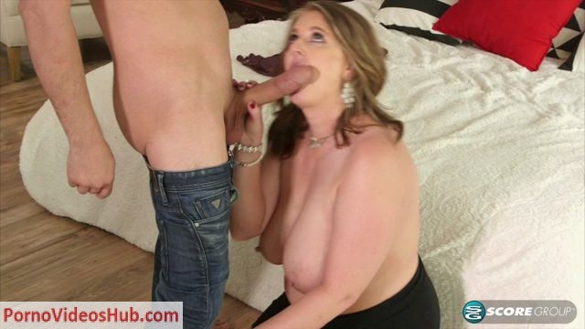40SomethingMag_presents_Kerry_Martin_in_Kerrys_opener_winds_up_in_her_rear_end_-_06.06.2018.mp4.00002.jpg