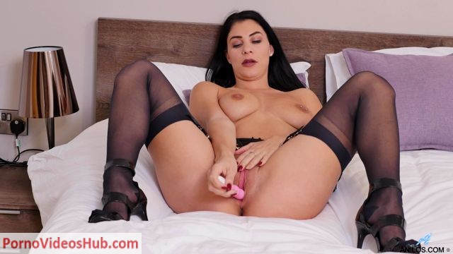 Anilos_presents_Roxy_Mendez_in_Toy_Orgasm_-_26.06.2018.mp4.00012.jpg