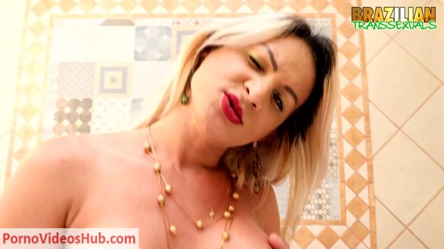 Watch Online Porn – Brazilian-transsexuals presents Pamela Lenvisk New Solo – 11.06.2018 (MP4, HD, 1280×720)