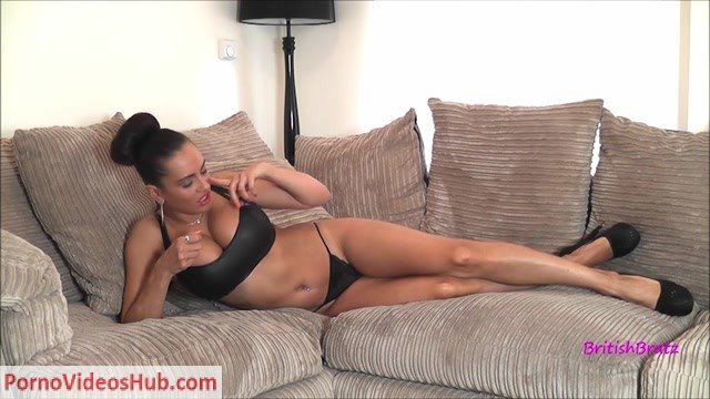 Watch Online Porn – BritishBratz presents Forced Poppers Intox Custom (MP4, HD, 1280×720)