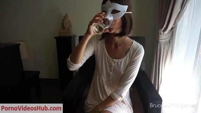 BruceAndMorgan_presents_Bruce___Morgan_in_fruit_brunch.mp4.00014.jpg
