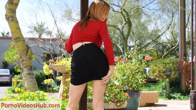 FTVGirls_presents_Gwen_-_Fresh___Beautiful_-_A_Beautiful_New_Teen_-_01.mp4.00006.jpg