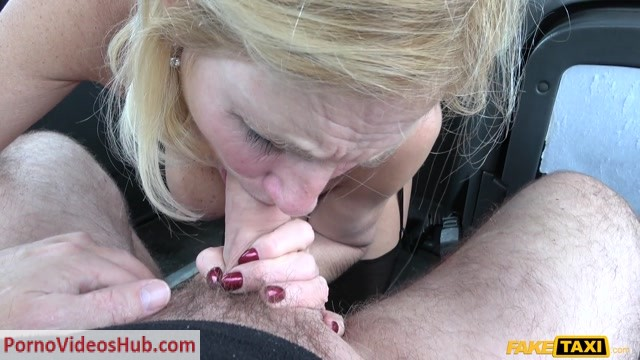 FakeHub_-_FakeTaxi_presents_Molly_Milf_in_Older_ladys_big_pussy_lips_opened_-_06.06.2018.mp4.00003.jpg